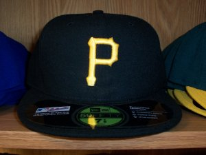 Pittsburgh Pirates Game Fitted