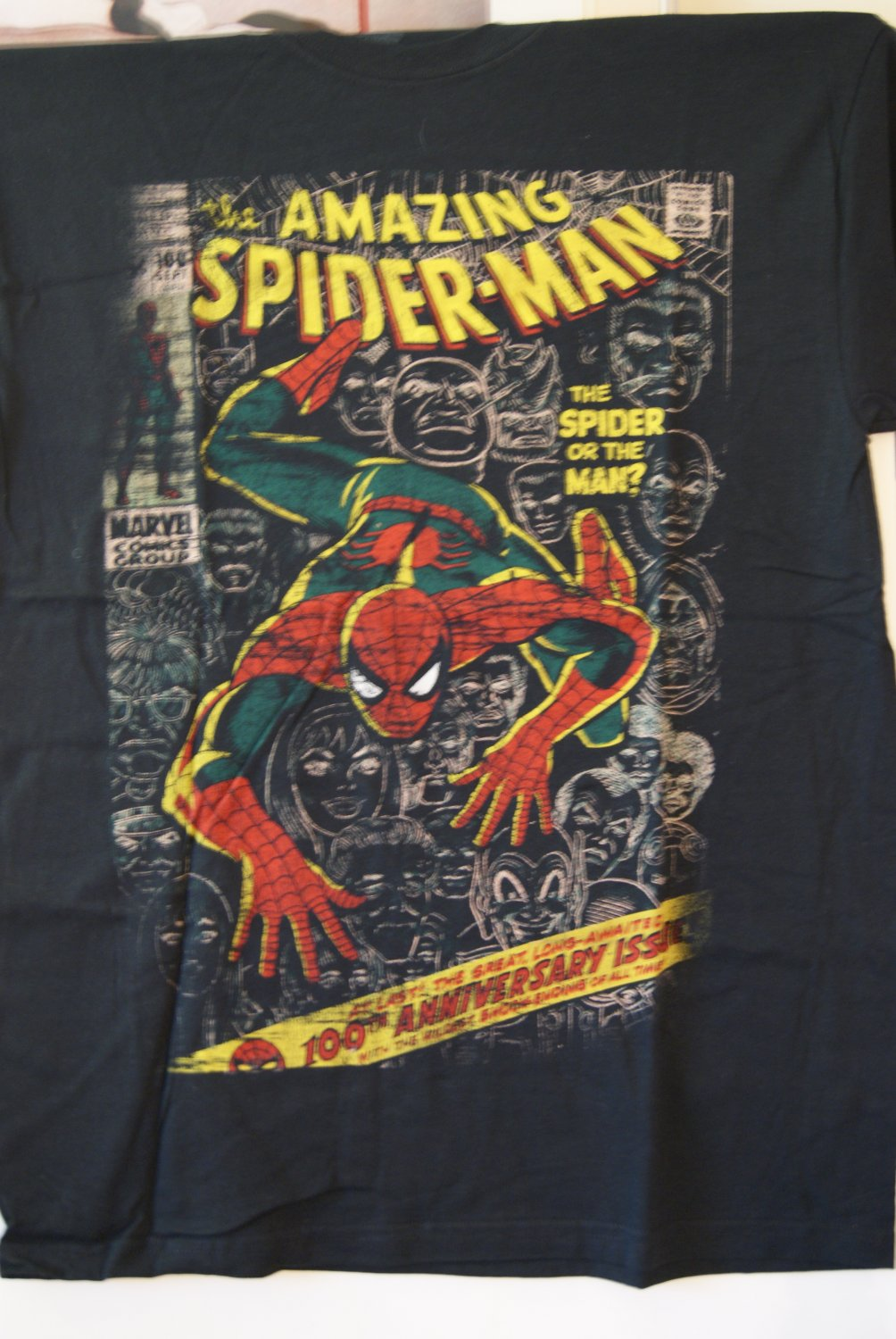 Spiderman tee / comic cover