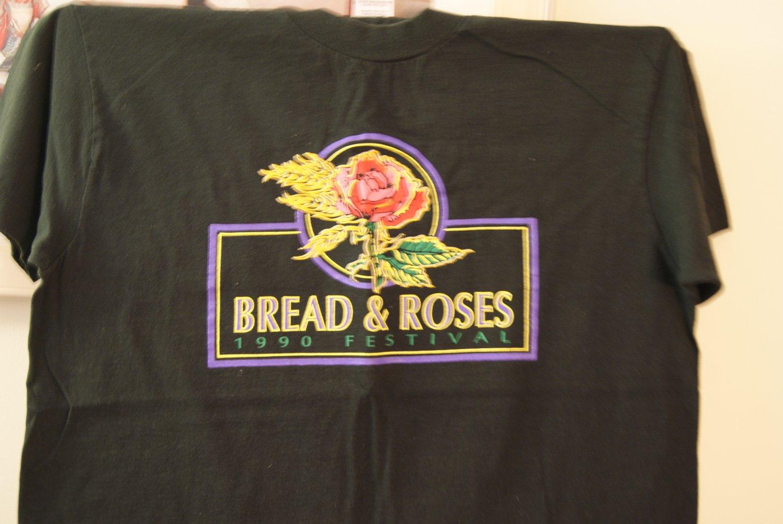 Bread & Roses tee