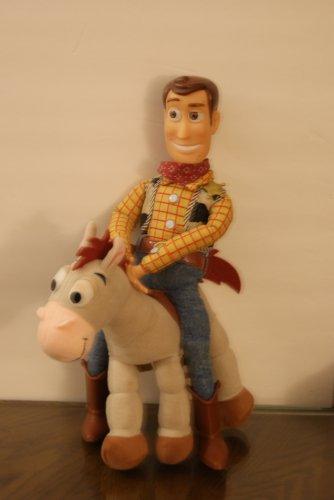 Woody & Buckeye ,Thomas the Train lunchbox,Stunt pilot slingshot chicken,Johnny Bravo hand flexer