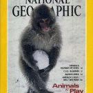 National Geographic December 1994-Animals at Play!