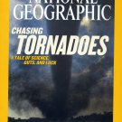 National Geographic April 2004-Chasing Tornadoes