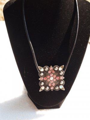 Swarovski magnetic pendant