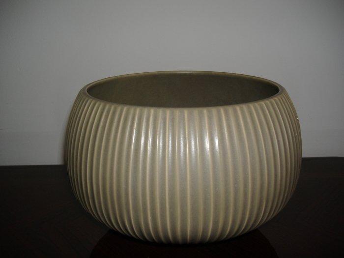 NEW Jonathan Adler Vidalia Bowl Olive