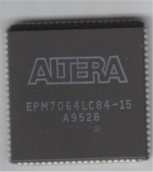 ALTERA EPM7064LC84-15 MAX 7000 Programmable Logic Chip