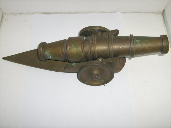 Antique Vintage Rare Solid Brass Cannon with Carriage Set