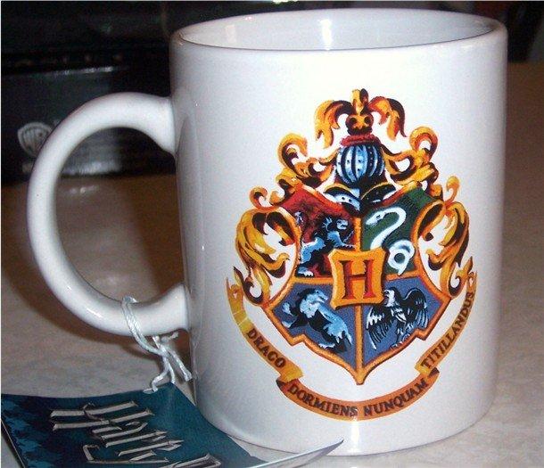 Harry Potter Hogwarts Mug Cup NEW