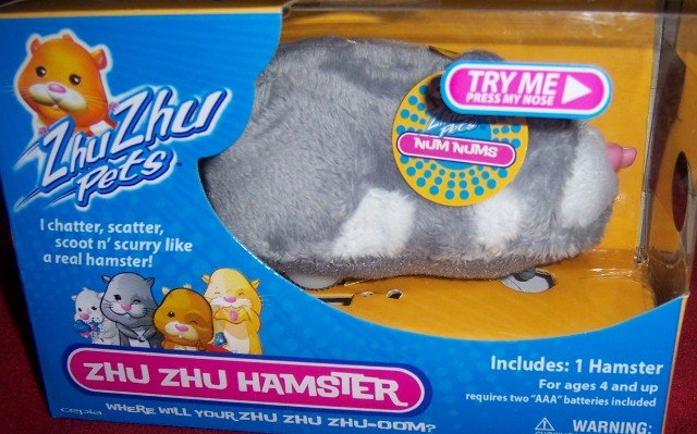 Zhu Zhu Pets Hamster Num Nums NEW Chatters Scoots