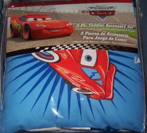 Disney Cars Lightning McQueen 3 Piece Toddler Room Accessory Set
