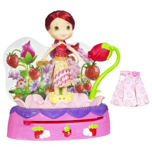 Strawberry Shortcake Twirling Flower Fashions Doll