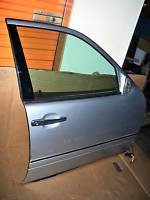96 97 98 99 00 01 02 03 MERCEDES E320 RIGHT FRONT DOOR
