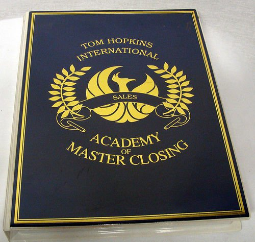 TOM HOPKINS - ACADEMY OF MASTER CLOSING - 12 TAPES - MSRP $225 - SALES - SELLING