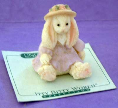 Bunny in Bonnet : United Design Itty Bitty Collection
