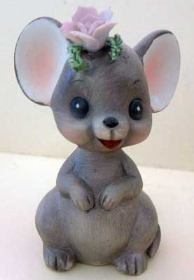 MOUSE Figurine ROSE on Head