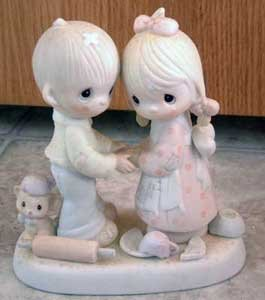Precious Moments : Forgiving is Forgetting : Enesco Porcelain