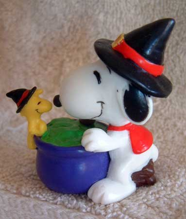 SNOOPY & WOODSTOCK Bird Halloween Holiday Ornament