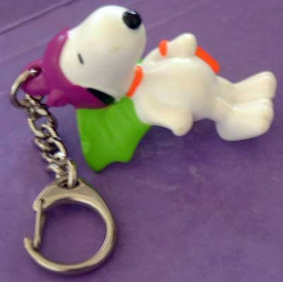 SNOOPY Dog Peanuts VAMPIRE Halloween Key Chain
