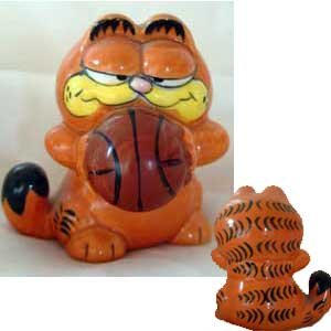 Garfield Basketball Sport Enesco Figure 1978 Mint