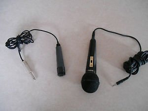Lot of 2 mics for karaoke. Aiwa DM-H15