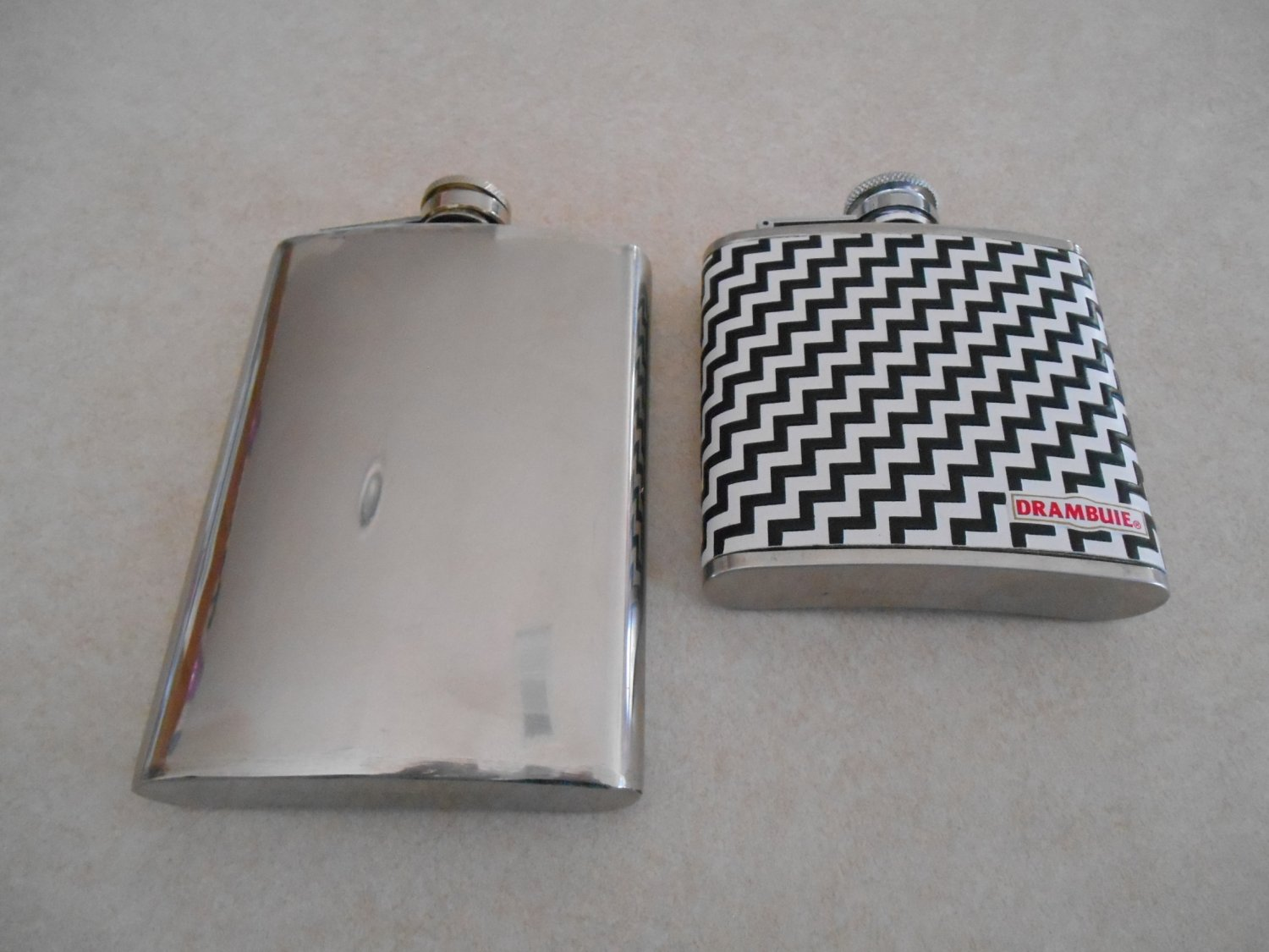 lot of 2 stainless steel flasks 5oz and 8oz Drambuie