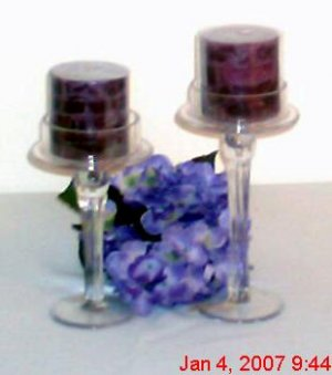2-piece glass pillar candleholder