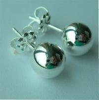Tiffany & Co. Elsa Peretti  beaded earrings for pierced ears, sterling silver