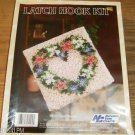 NYC HEART WREATH FLOWER  PILLOW KIT