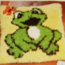 FROG PILLOW CANVAS, THIS IS SO CUTE, FUN TO DO , NEW