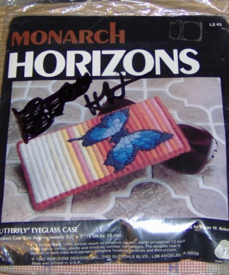 BUTTERFLY EYEGLASS CASE-MONARCH HORIZONS-PINK & BLUE