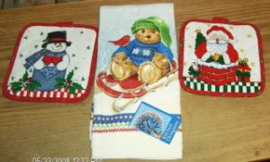 Xmas Towel &amp; Potholders,Santa,Snowman,Bear On Sled,Cute
