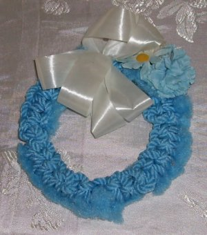 "Blue Yarn Wreath, White Bow & Carnations, Handmade, 6 1/2"" Diameter, Very Pretty"