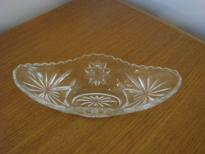 553  Clear Glass Candy or Relish Dish with Star Design
