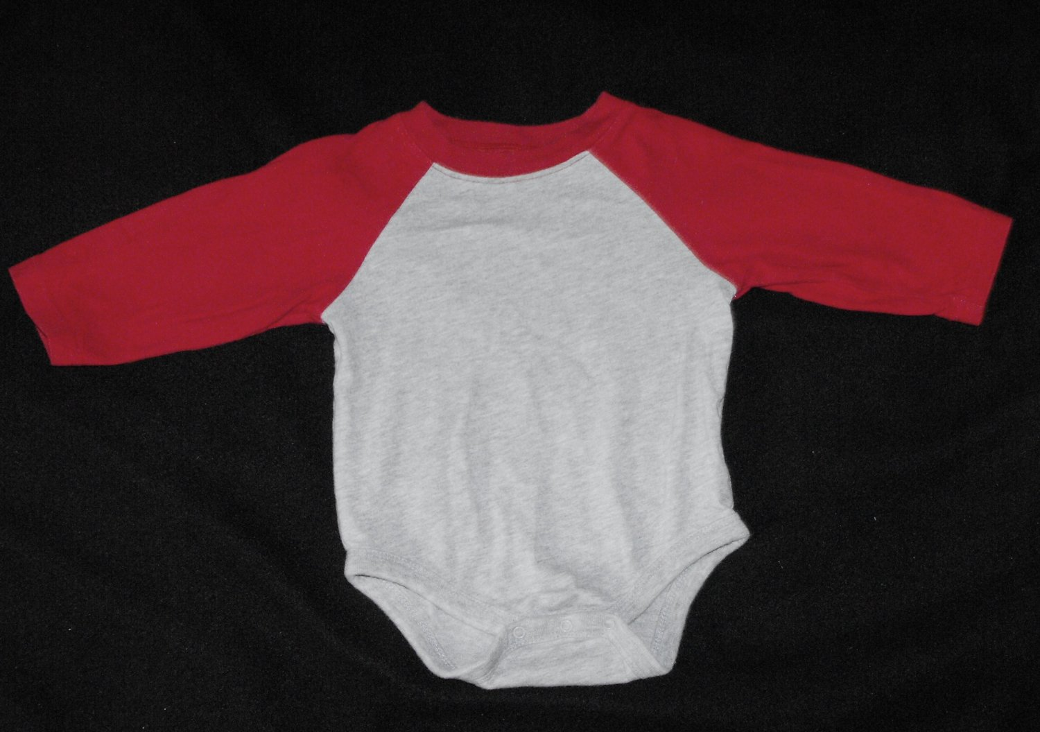 12*SOLD~Faded Glory Boys 12 Months Long Sleeve Onesie Jersey Style Shirt