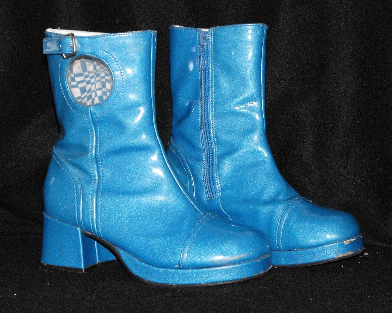 *SOLD~Awating Feeedback~Girls size 2 Go-Go Boots for Dress Up Costume