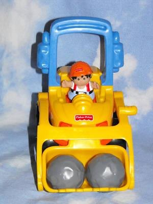 *SOLD~Awaiting Feedback~FISHER PRICE LITTLE PEOPLE 1998 BULLDOZER~COMPLETE!