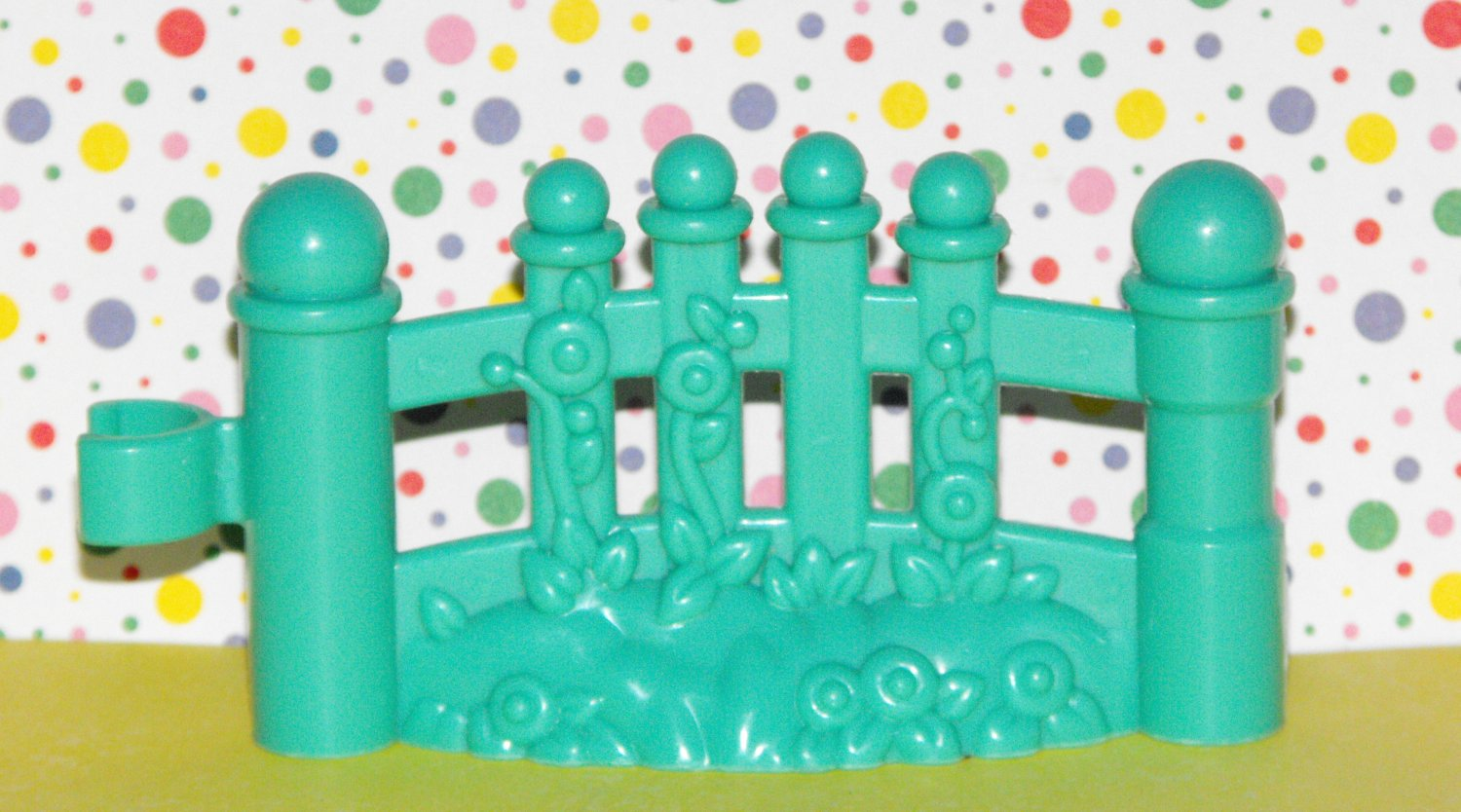 Fisher Price Little People Pale Green Garden Fence Part