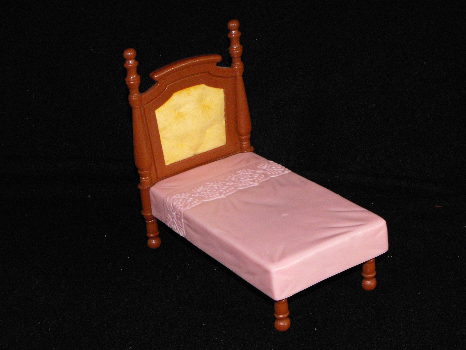 *SOLD*FISHER PRICE LOVING FAMILY DOLLHOUSE PARENT'S BED