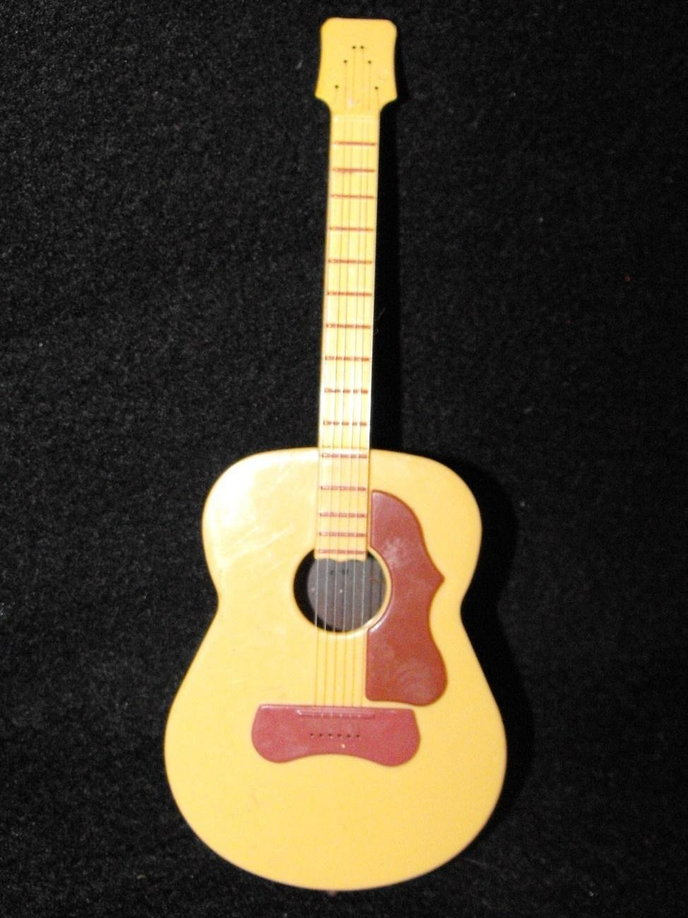 *7/13*SOLD~TOY STORY WOODY JESSE DOLL  REPLACEMENT GUITAR