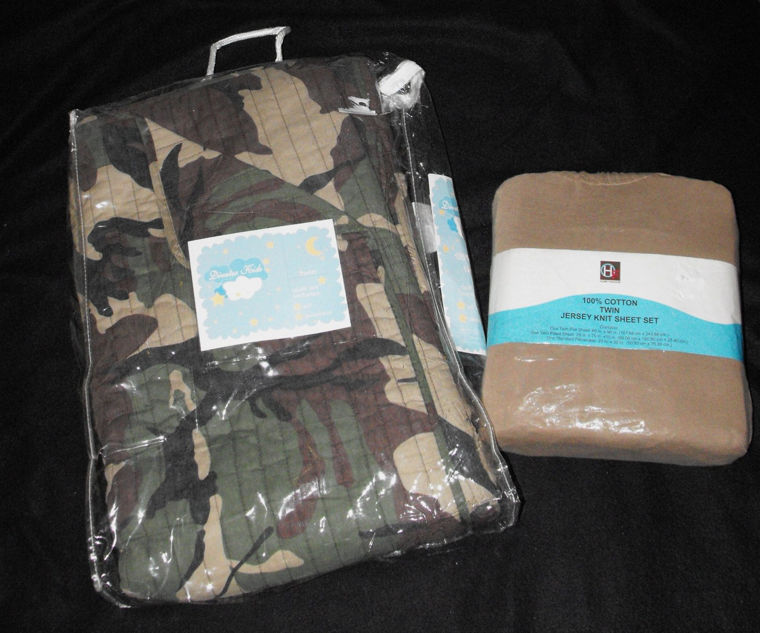 SOLD*awaiting feedback*Boys Twin Bedding Camo Comforter and Sheets
