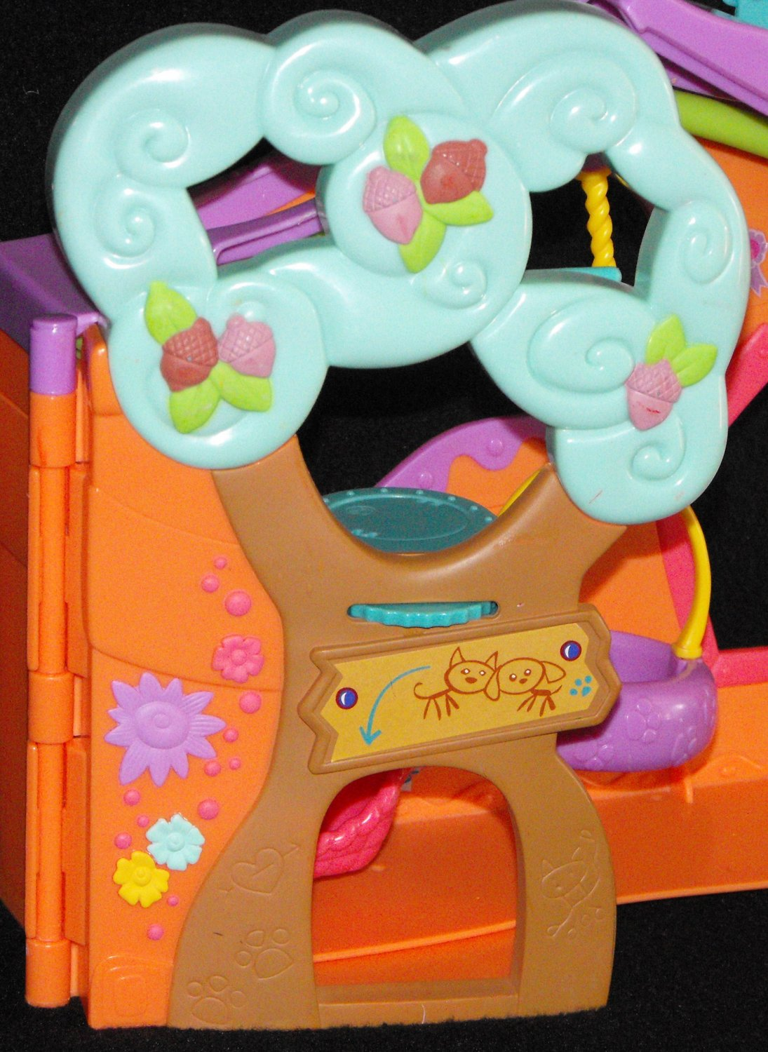 *8/15*SOLD~Littlest Pet Shop Pets Only Clubhouse Door Part