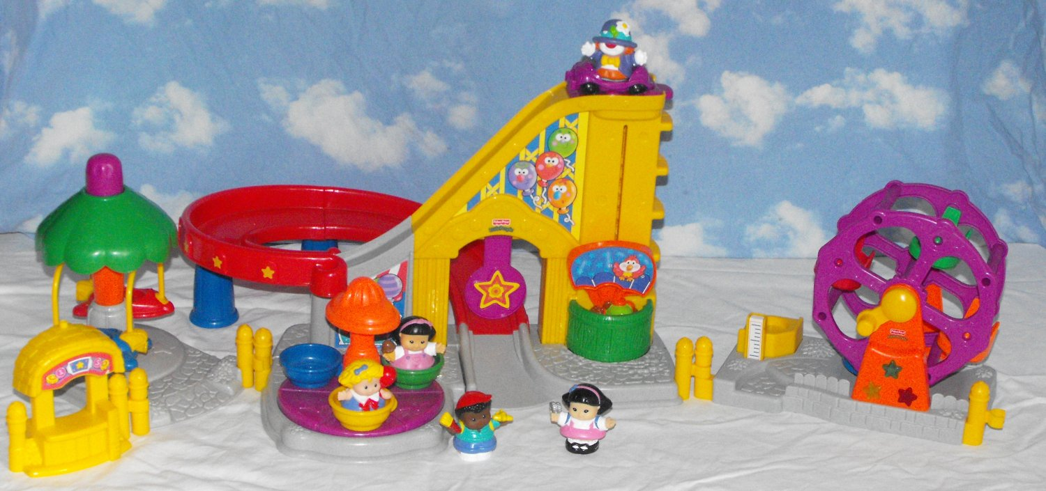 *8/14*SOLD~Fisher-Price Little People Surprise Sounds Fun Park Fair & Ferris Wheel