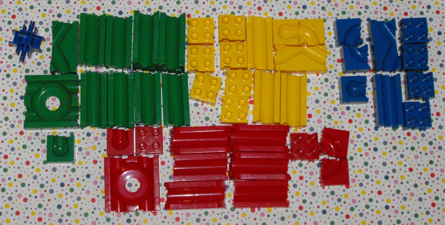 *11/16*SOLD~Block-N- Roll Marble Maze Parts Lot ~Taurus Toys Duplo Compatible!
