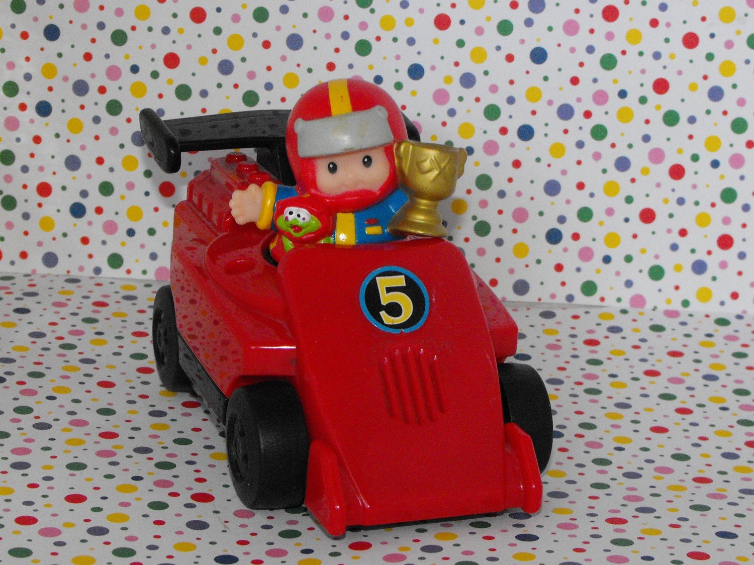 10*SOLD~Fisher Price Little People Lil' Movers Race Track Race Car & Driver Part