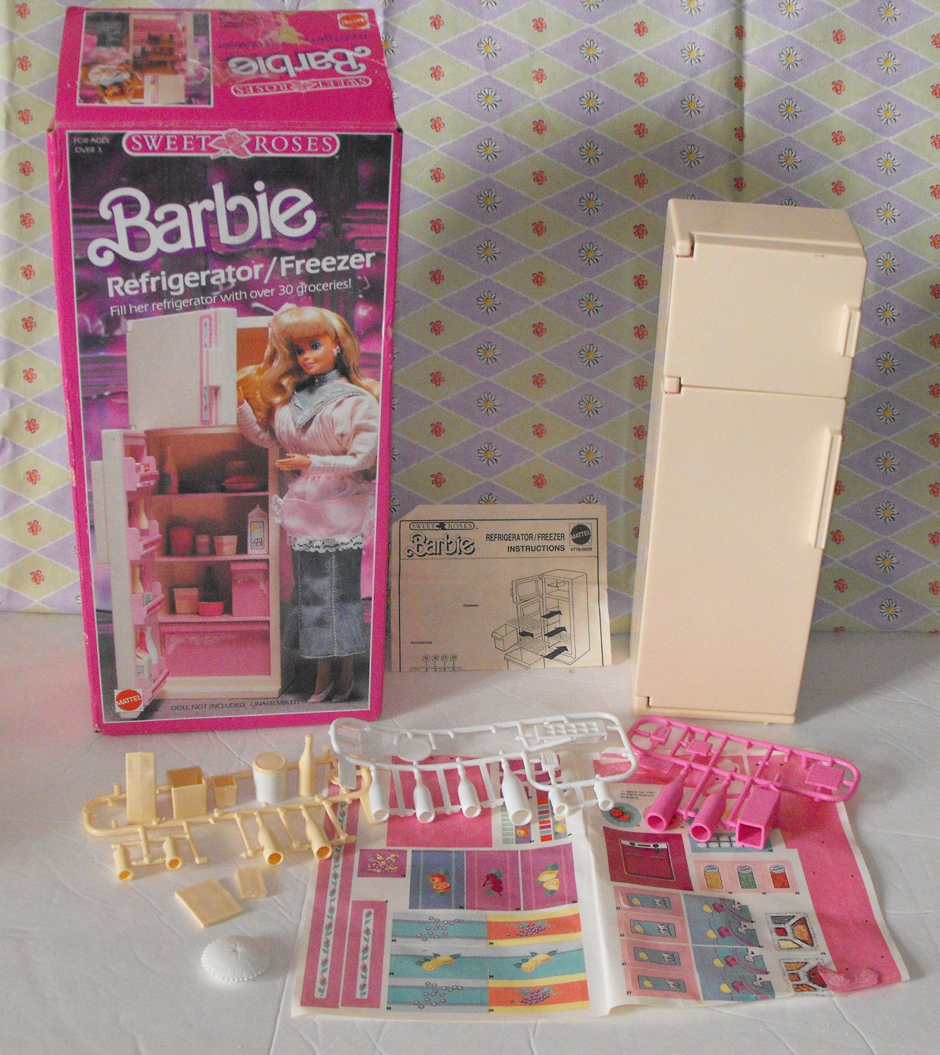 11*SOLD~Vintage Barbie Sweet Roses Refrigerator with Box
