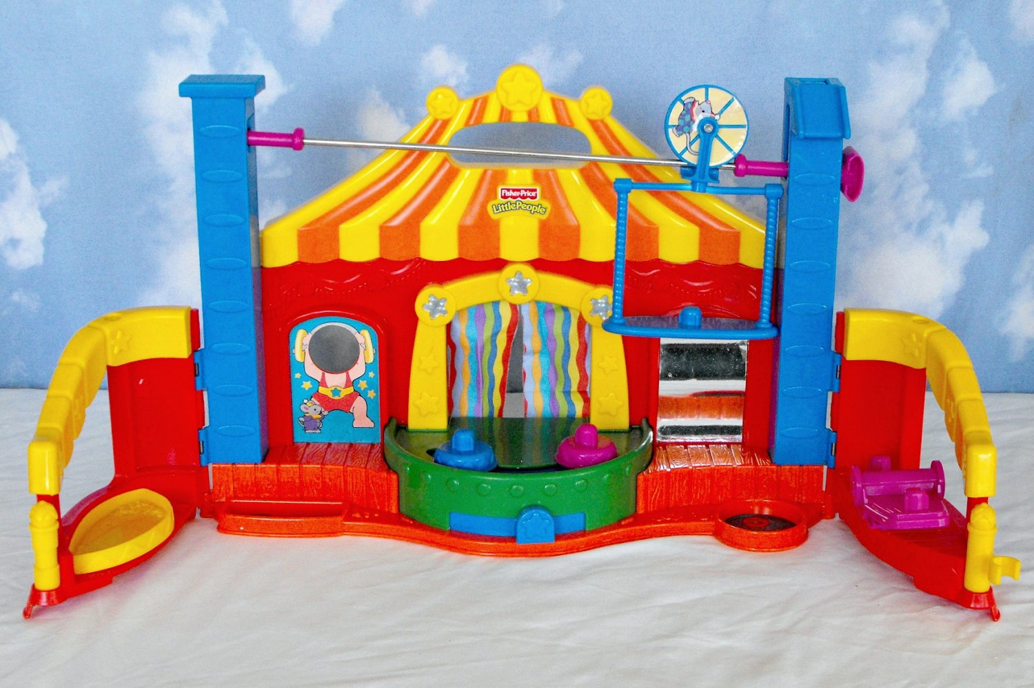Fisher Price Little People Amazing Animals Circus
