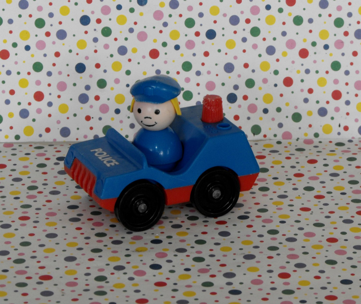 Vintage Fisher Price Little People Blue Police Car Policewoman #997