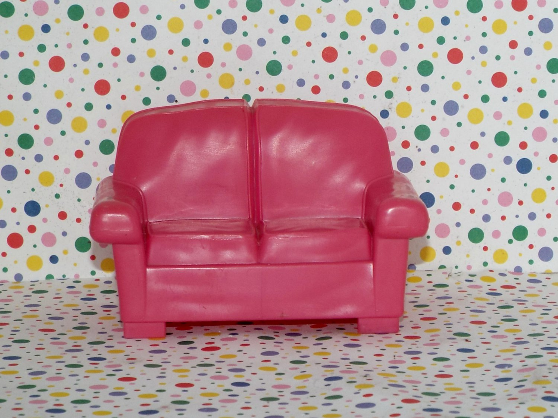 Fisher Price Loving Family Dollhouse Pink Loveseat