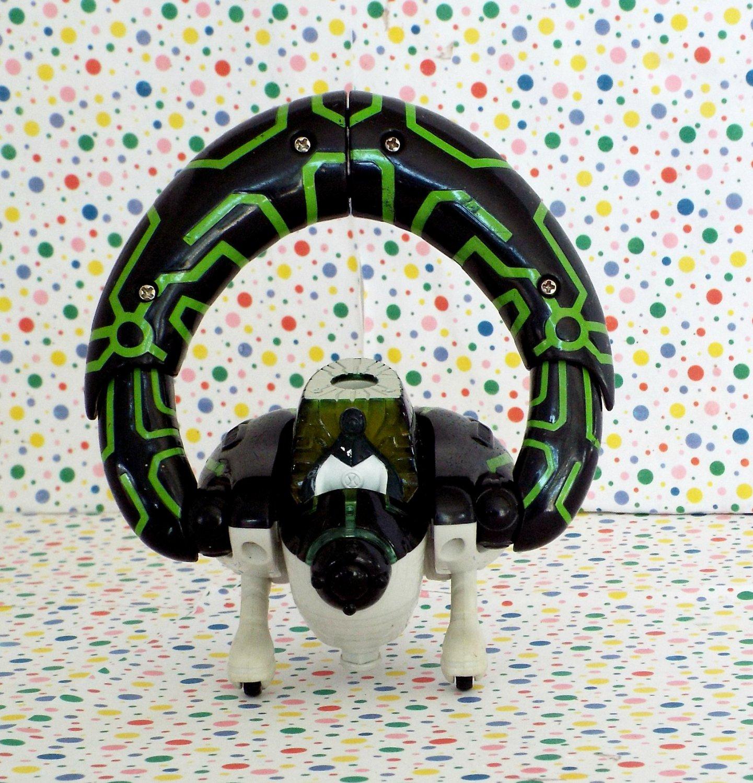 Ben 10 Alien Force Upgrade Nanite Alien Cruiser