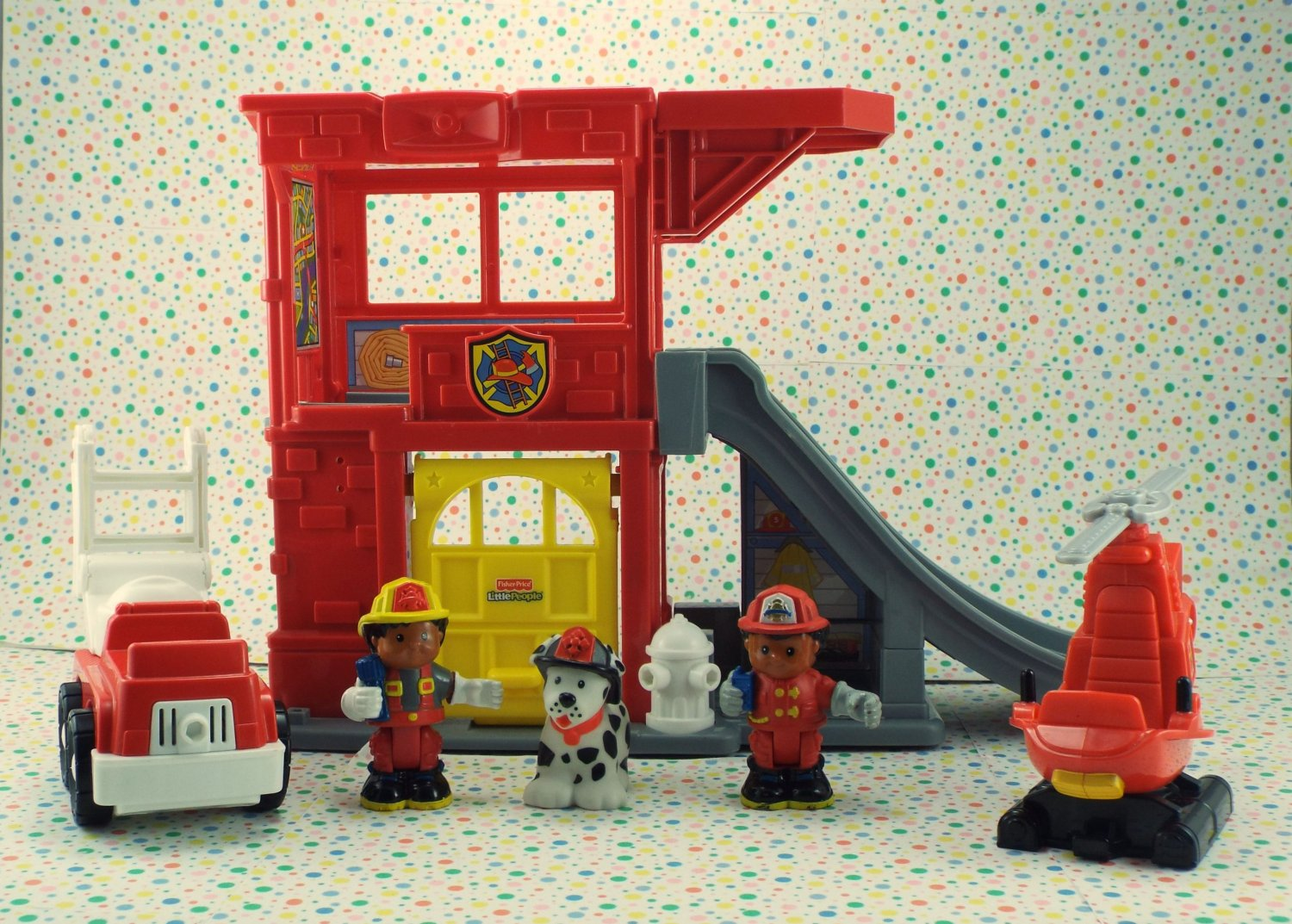 Fisher Price Little People Rescue Ramps Fire Station Play Set