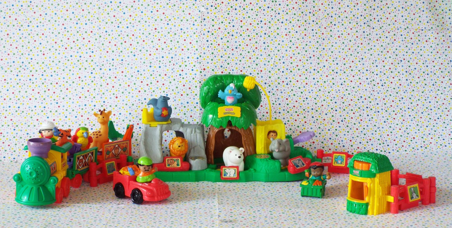Fisher Price Little People Animal Sounds Zoo Play Set
